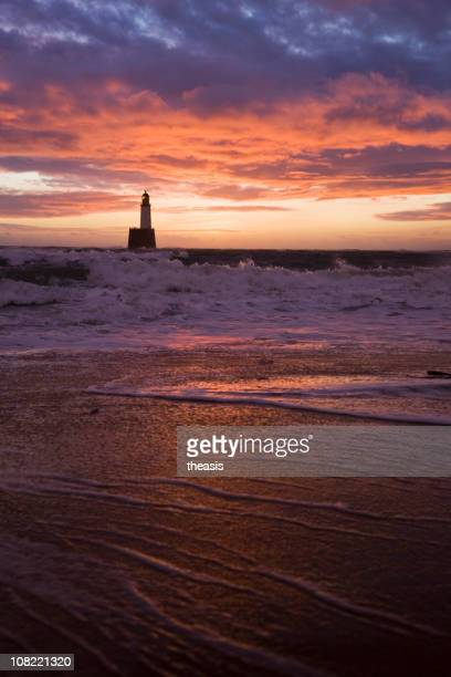 north sea lighthouse before dawn - rattray head stock pictures, royalty-free photos & images
