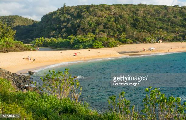 North Shore Hawaii Oahu Waimea Bay beautiful sandy cove to relax