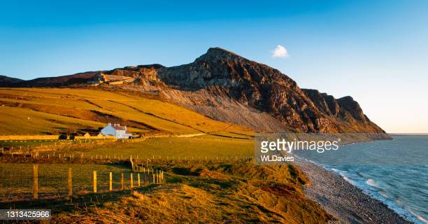 north wales coastline - house stock pictures, royalty-free photos & images