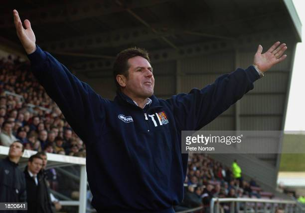 Northampton Town manager Terry Fenwick during the Nationwide League Division Two match between Northampton Town and Bristol City held on February 22...