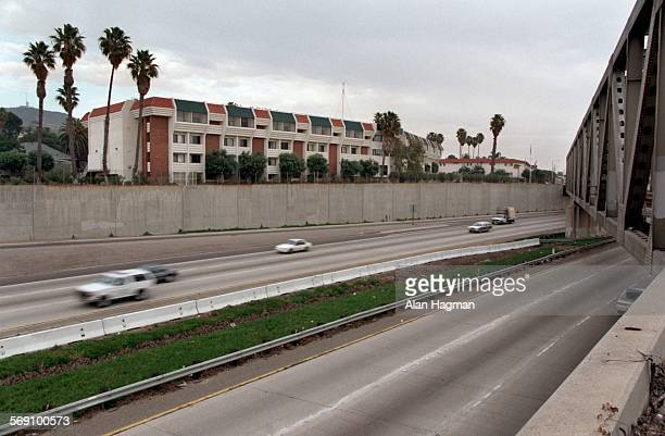 Northbound traffic flows along the 101 freeway near California St in Ventura passing a freeway wall that Ventura art officials had hoped to have...