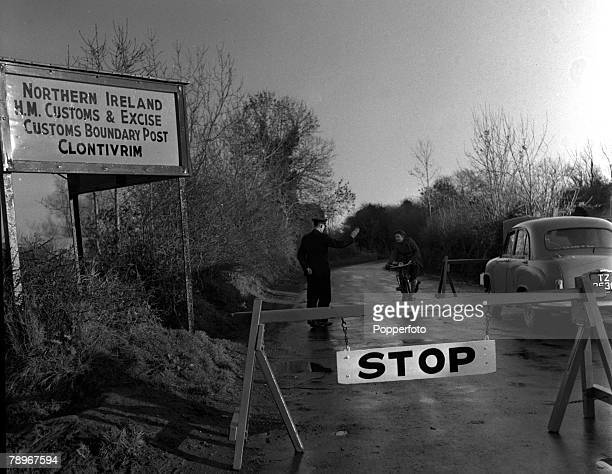 Northern Ireland December 1955 The customs post at Clontivrim This is the Ulster side just down the road is the Eire customs post and the village of...