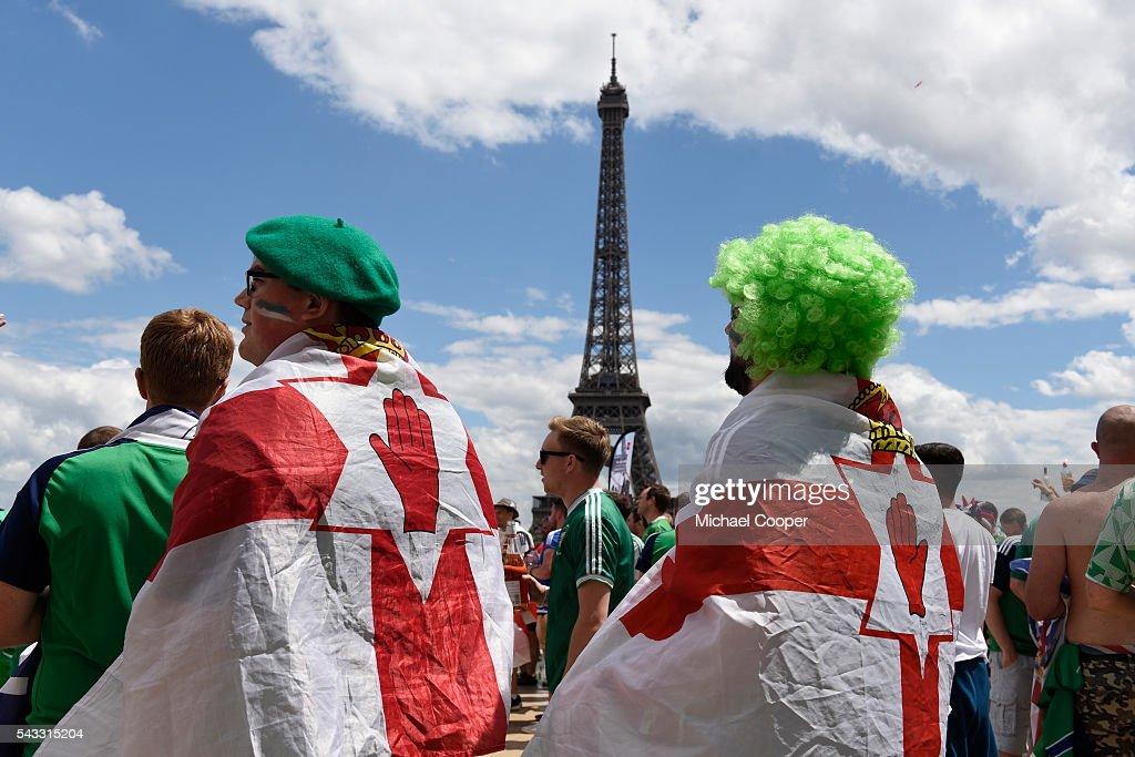Northern Ireland v Wales Euro 2016 Fans : News Photo