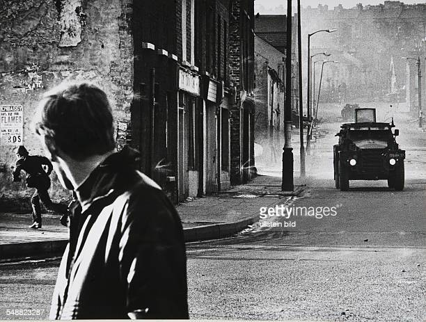 Northern Ireland, Londonderry: A British armoured patrol in the street.