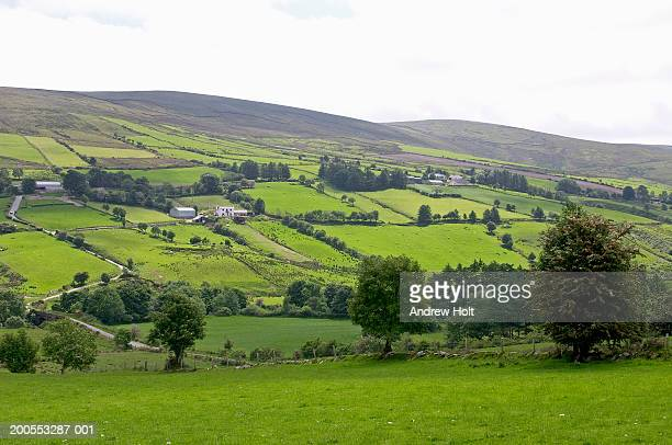 northern ireland, sperrin mountains, rural landscape - northern ireland stock pictures, royalty-free photos & images