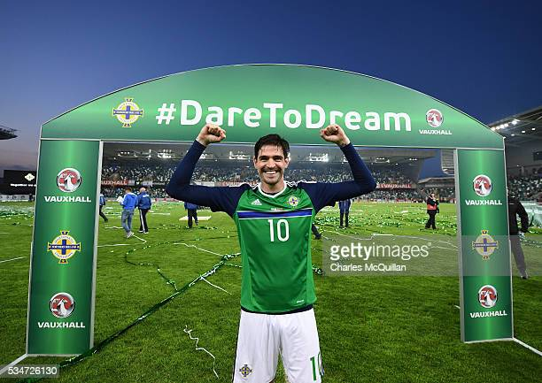 Northern Ireland's Kyle Lafferty acknowledges the crowd after the international friendly game between Northern Ireland and Belarus on May 27 2016 in...