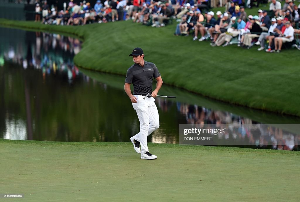 Northern Ireland's Rory McIlroy lines up a putt on the 16th green during Round 1 of the 80th Masters Golf Tournament at the Augusta National Golf Club on April 7, 2016, in Augusta, Georgia. EMMERT