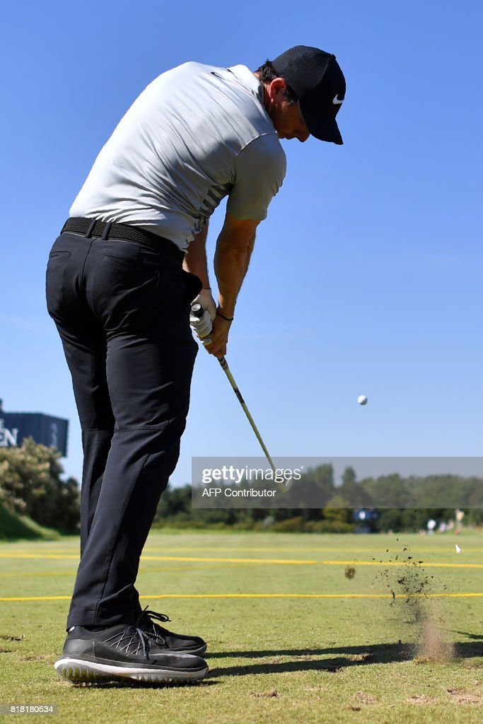 Northern Ireland's Rory McIlroy plays from the 4th tee during a practice round at Royal Birkdale golf course near Southport in north west England on July 18, 2017, ahead of the 146th Open Golf Championship. / AFP PHOTO / Ben STANSALL / RESTRICTED