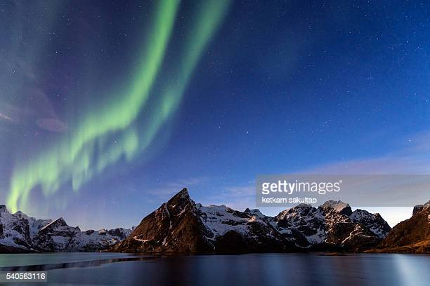 northern light over lofoten island, norway. - lofoten stock pictures, royalty-free photos & images