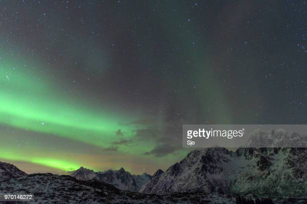 Noorderlicht, Aurora Borealis over de Lofoten eilanden in Noord Noorwegen in de winter