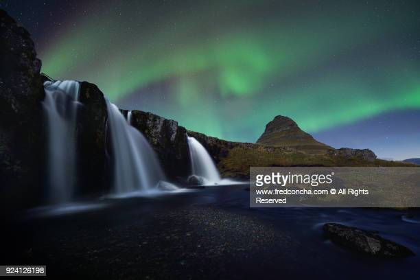 northern lights in iceland kirkjufell mountain - www images com stock photos and pictures