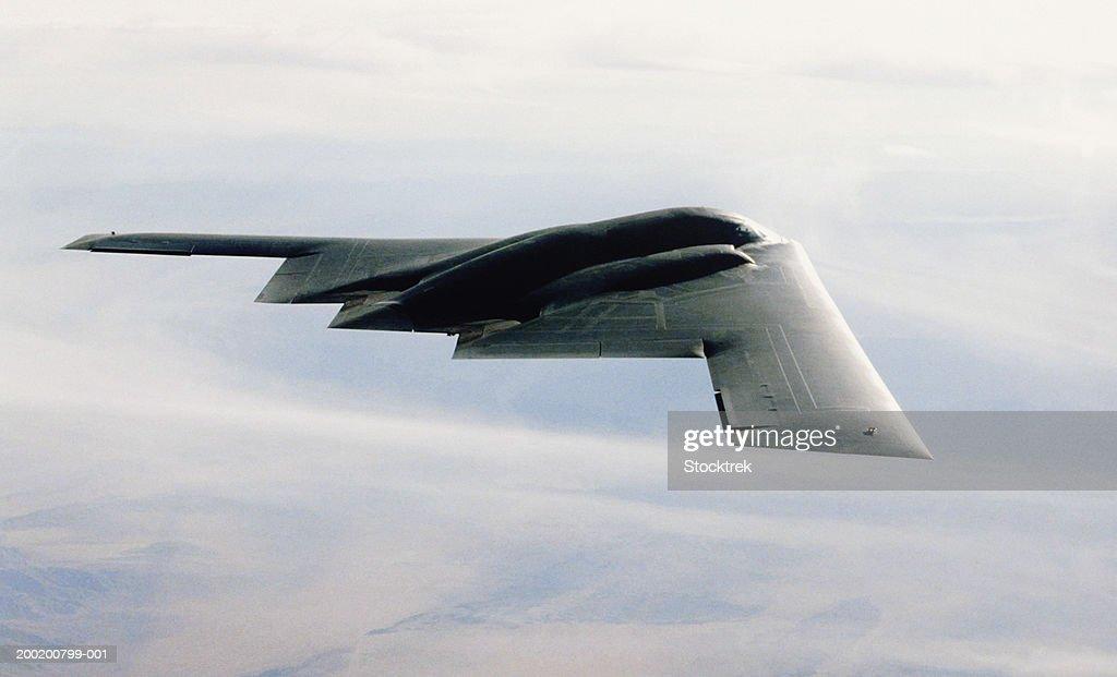 Northrop B-2 Stealth bomber in flight during training mission : ストックフォト