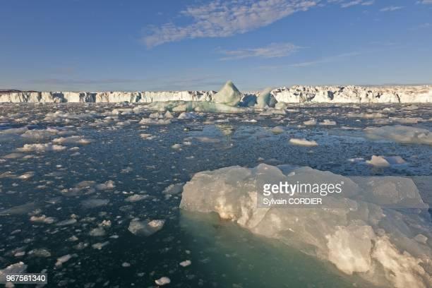 Norway Svalbard Spitsbergen Lillieook Glacier in Krossfjorden