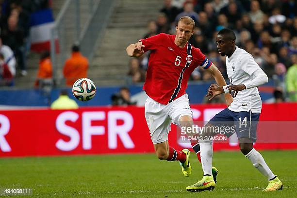 Norway's defender Brede Hangeland vies with France's midfielder Blaise Matuidi during a friendly football match between France and Norway at the...