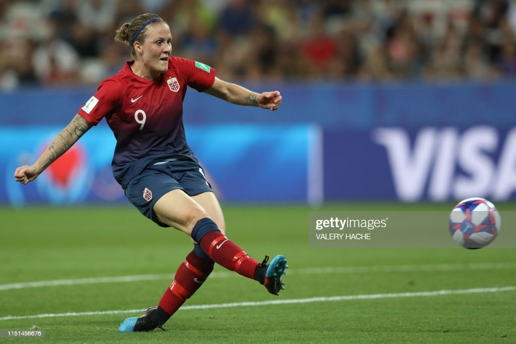 FBL-WC-2019-WOMEN-MATCH37-NOR-AUS : News Photo