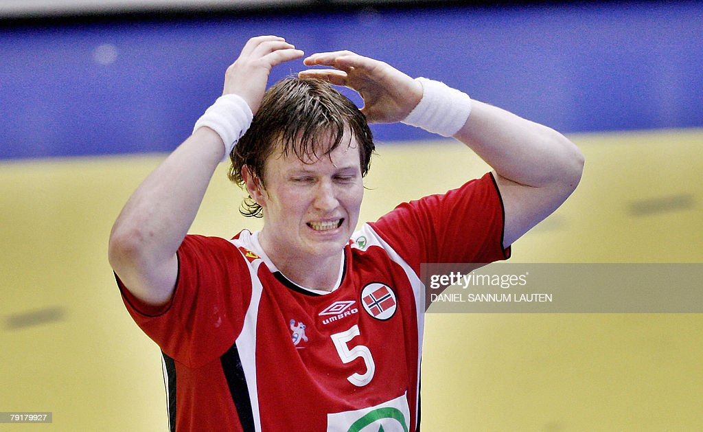Norway's Frank Loke reacts during their 8th Men's European Handball Championship Main Round match against Slovenia, 23 January 2008 at the Stavanger Idrettshall. Slovenia won 33-29.