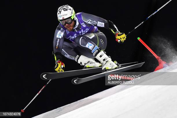 Norway's Kjetil Jansrud competes in the 1/16th final of the FIS Alpine World Cup Men's Parallel Giant Slalom nightrace on December 17, 2018 in Alta...