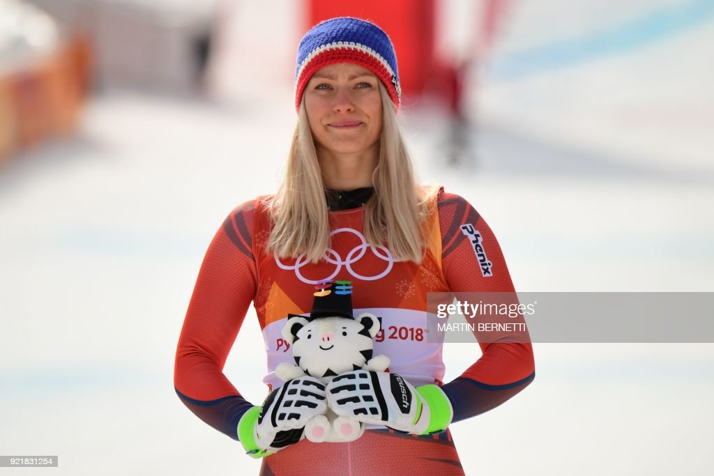 TOPSHOT-ALPINE-SKIING-OLY-2018-PYEONGCHANG-PODIUM : News Photo