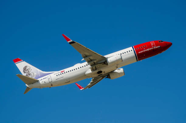 Norwegian Air Shuttle Boeing 737-8JP  (LN-NGS)