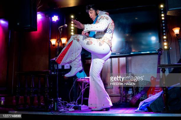 Norwegian artist Kjell Elvis performs at the start of his challenge of the world´s longest Elvis Presley singing marathon on July 23, 2020 in Oslo. -...