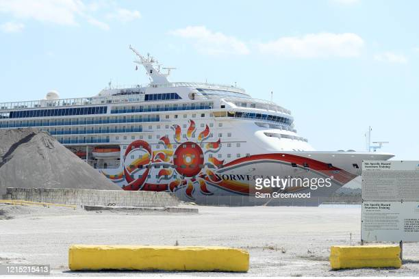 Norwegian Cruise Line's Norwegian Sun cruise ship is docked at the Port of Jacksonville amid the Coronavirus outbreak on March 27, 2020 in...