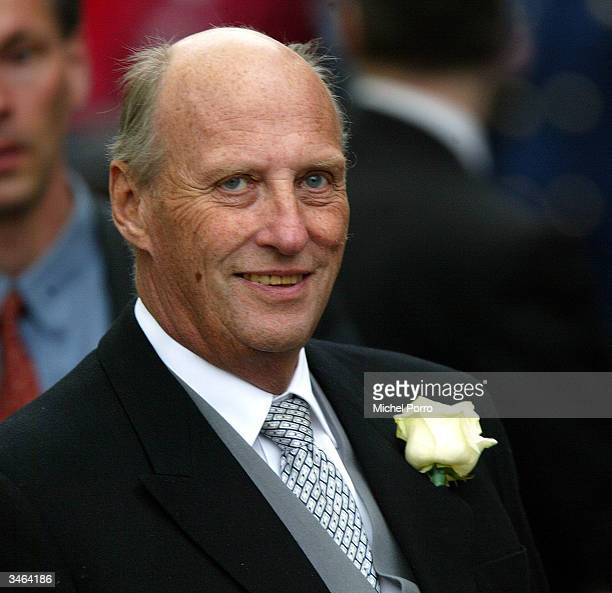 Norwegian King Harald, godfather to Prince Johan Friso, leaves the church ceremony after the wedding of Queen Beatrix's second son, Prince Johan...