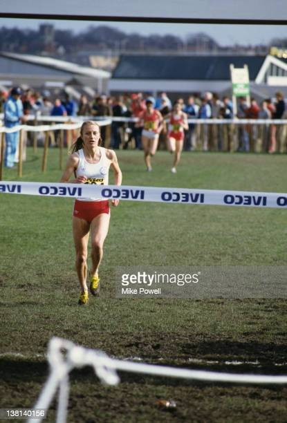 Norwegian marathon runner Grete Waitz competing in the womens long race at the IAAF World Cross Country Championships in Rome 21st March 1982 Waitz...