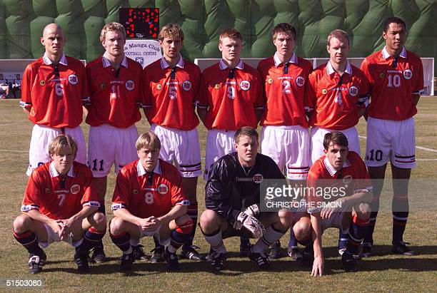 Norwegian national soccer team players pose for a group picture 31 January 2000 in La Manga before the start of a friendly match against Iceland in...