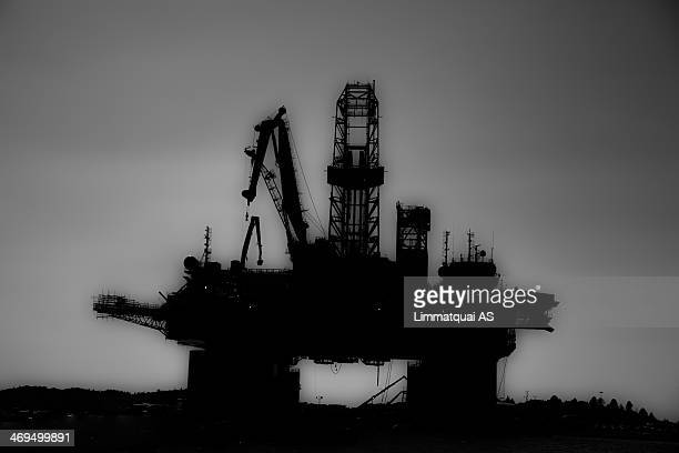 CONTENT] Norwegian oil rig Oil Nature Enviromental Save the earth