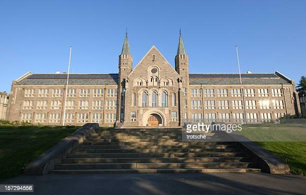 noruego de la universidad de ciencia y tecnología-ntnu - trondheim fotografías e imágenes de stock