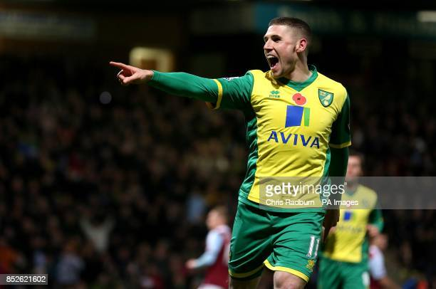 Norwich City's Gary Hooper celebrates scoring his side's first goal of the game from the penalty spot