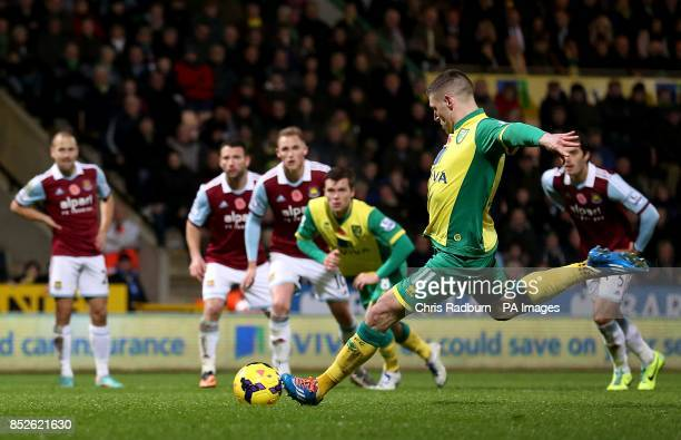 Norwich City's Gary Hooper scores his side's first goal of the game from the penalty spot