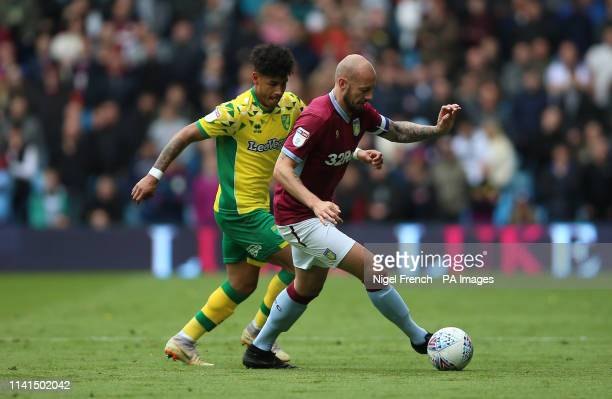 Norwich City's Onel Hernandez and Aston Villa's Alan Hutton battle for the ball during the Sky Bet Championship match at Villa Park Birmingham