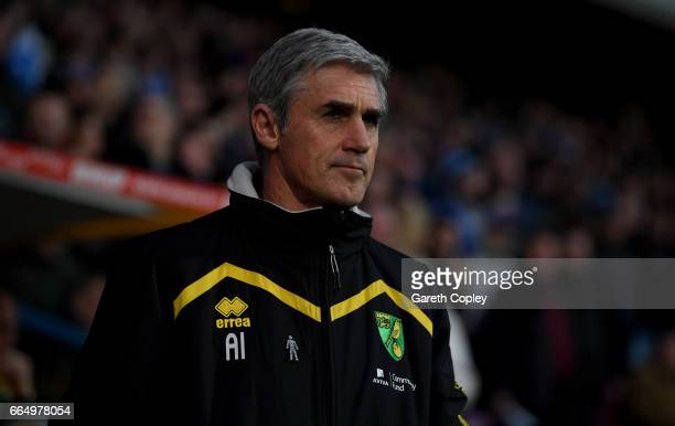Norwich manager Alan Irvine during the Sky Bet Championship match between Huddersfield Town and Norwich City at Galpharm Stadium on April 5, 2017 in...