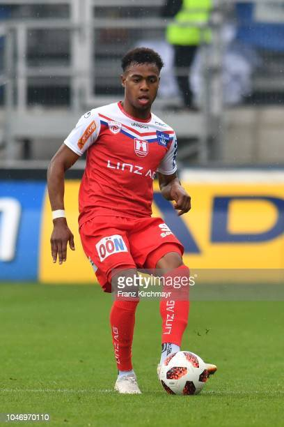 Nosa Iyobosa Edokpolor of FC Linz during the 2 Liga match between FC Juniors OOe v FC Blau Weiss Linz at TGW Arena on October 7 2018 in Pasching...