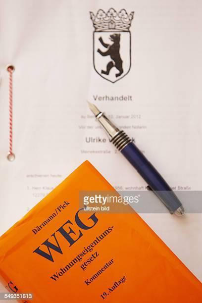 Notarvertrag mit Füller zusammen mit dem WEG Wohnungseientumgesetz 19 Auflage Kommentar von Bärmann / Pick Beck CH Verlag München