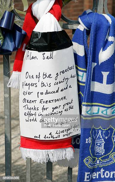 Note and memorabilia are left in memory of the late Alan Ball prior to the Barclays Premiership match between Everton and Manchester United at...