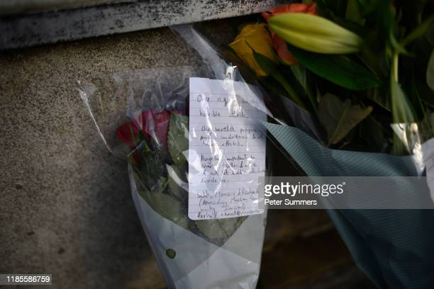 A note attached to flowers at the scene of yesterday's London Bridge stabbing attack on November 30 2019 in London England A man and a woman were...