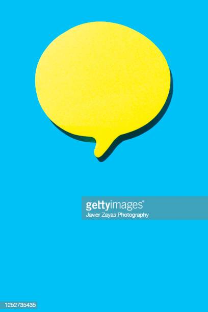 note in the shape of comic bubbles - speech stock pictures, royalty-free photos & images