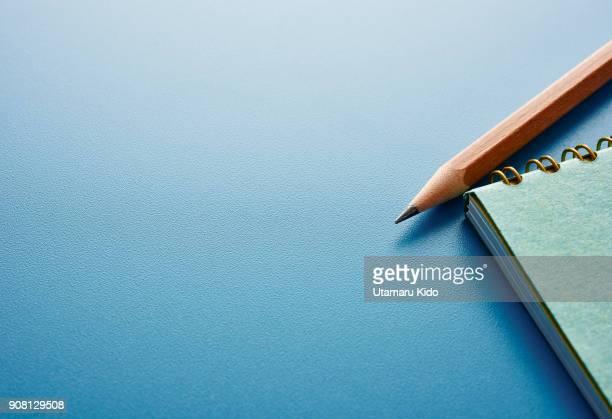notepad. - メモ ストックフォトと画像
