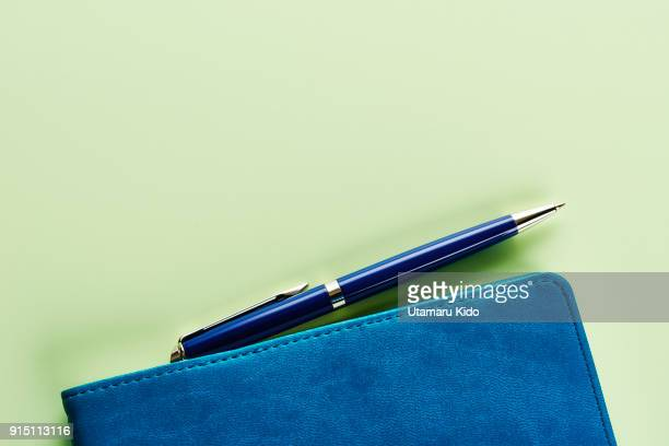 notepad. - minimalist living in japan ストックフォトと画像