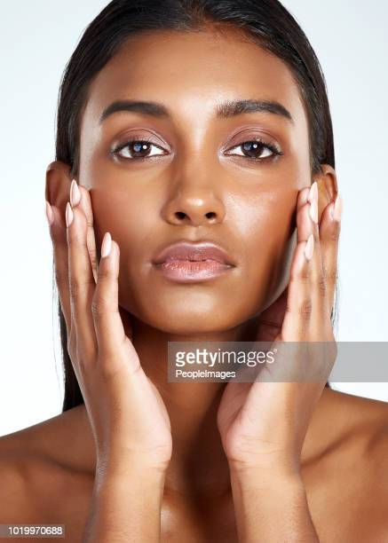 nothing highlights your beauty like healthy skin - beautiful east indian women stock pictures, royalty-free photos & images