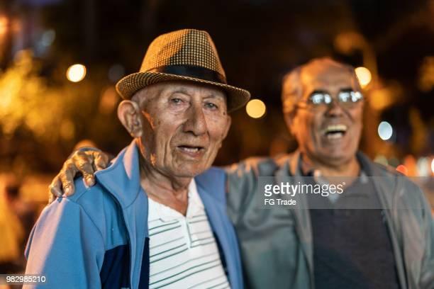 古き良き友人のような幸福を鼓舞何 - ミナスジェライス州 ストックフォトと画像
