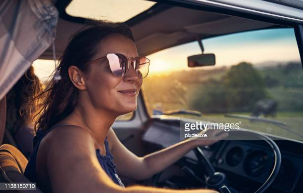 nothing makes me happier than a good road trip - freedom stock pictures, royalty-free photos & images