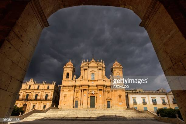 Noto Cathedral, Saint Nicholas of Myra, Chiesa Madre di San Nicol˜, Sicily, Italy, Europe.