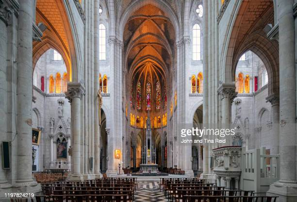 notre dam church - loire atlantique stock pictures, royalty-free photos & images
