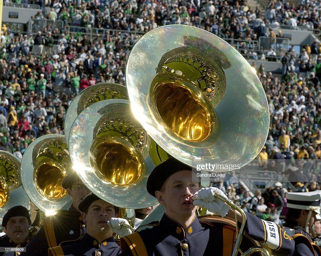 NCAA - Purdue vs Notre Dame - October 2, 2004 : ニュース写真