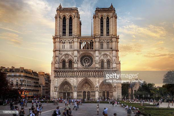 notre dame cathedral, paris, france - notre dame de paris stock photos and pictures