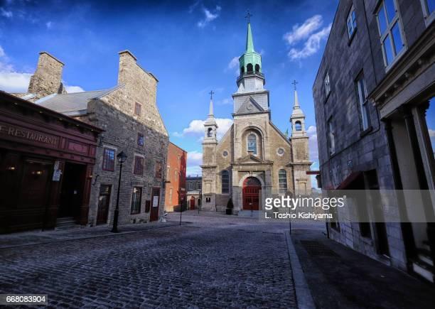 notre dame de bon secours chapel in montreal, canada - vieux montréal stock pictures, royalty-free photos & images
