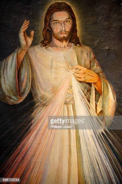 notre dame de la nativite de bercy church christ - jesus christ photos stock pictures, royalty-free photos & images